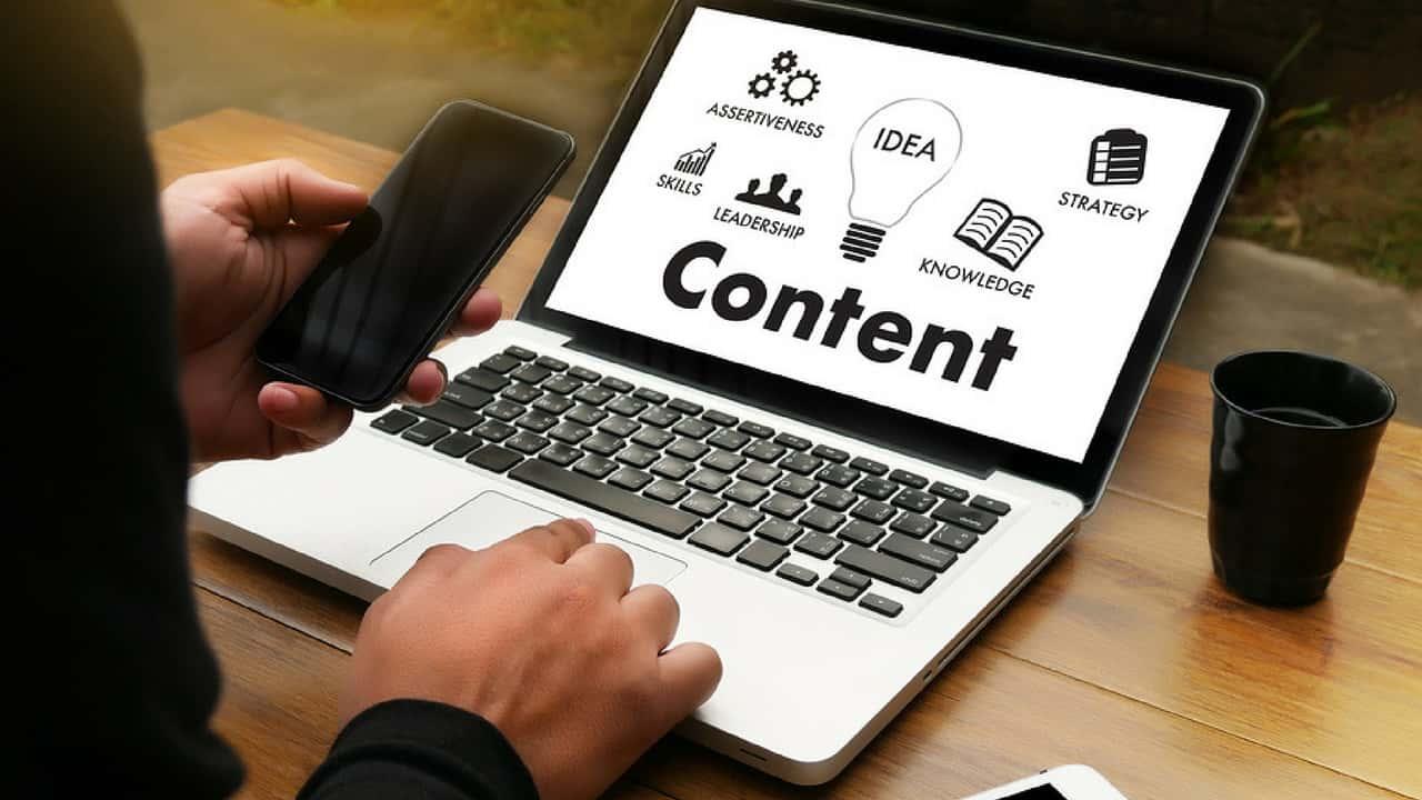"""4 xu hướng tiếp thị nội dung trong năm 2018 """"dân content"""" nên biết"""